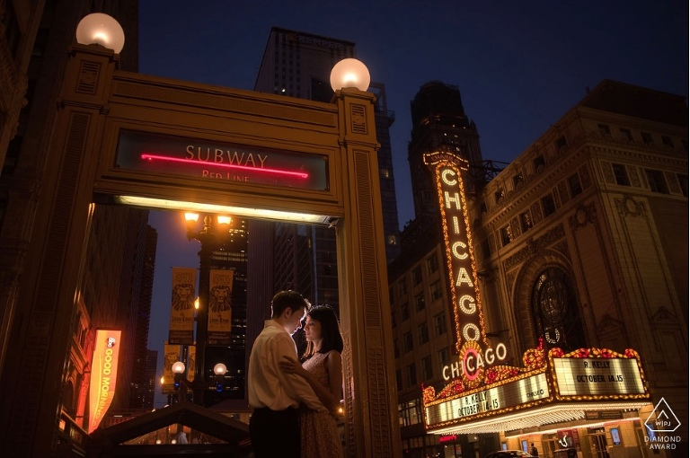 Chicago Theater wedding photo by Candice Cusic